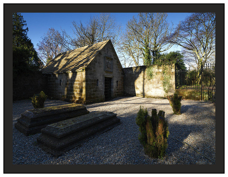 A 02116 The Hamilton Family Crypt in Dalzell Estate Motherwell