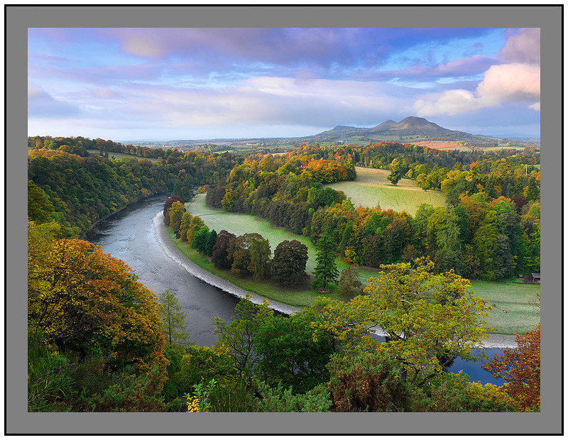 A 7119 First light on the River Tweed and the Eildon Hills from Scott's View Bemeryside
