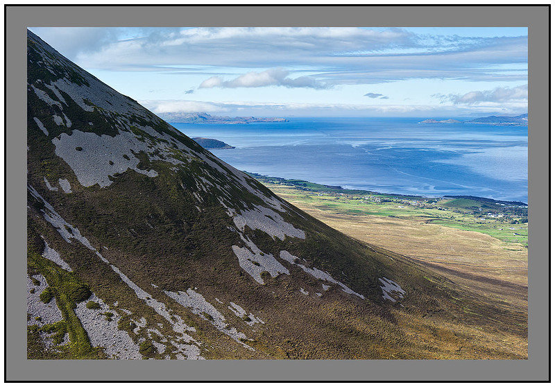 S2012437 Clew Bay and Clare Island over the slopes of Croagh Patrick