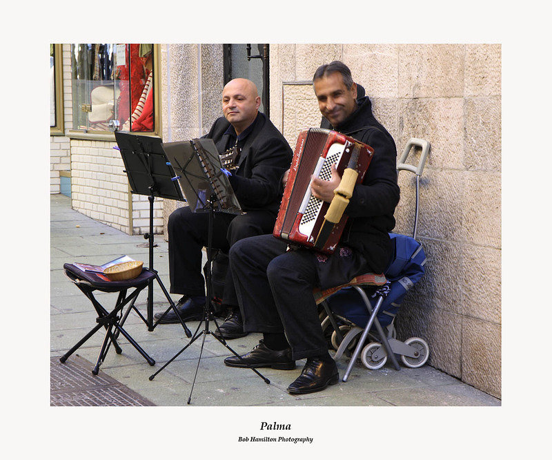 Palma-street musicians on Carrer dels Olms