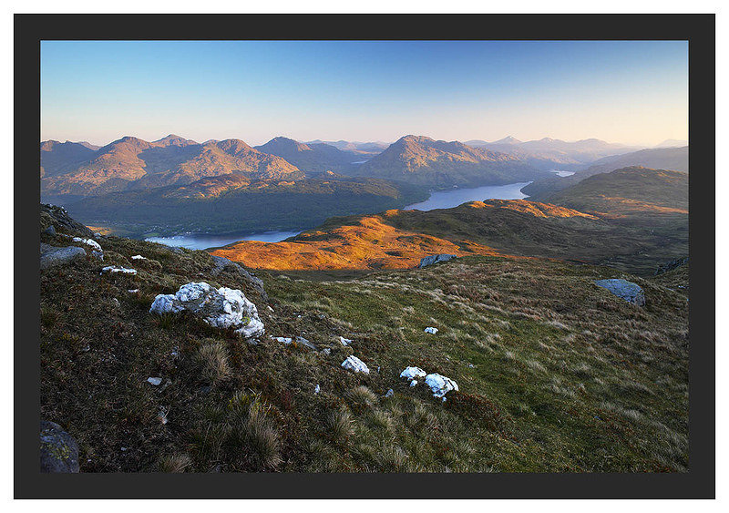 46E3541 Daybreak on Loch Lomond from the Ptarmigan Ridge