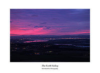DSF2119 Sunrise over the Forth Valley from Castle Law