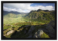 46E3945 Bowfell Mickleden and the Langdale Pikes from Side Pike