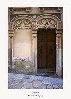 Palma-doorway on Carrer San Domingo