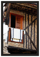 46E6717 Laundry and window-Potes