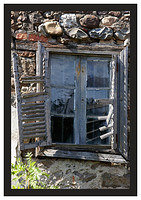 46E6934 Window and shutters-Potes