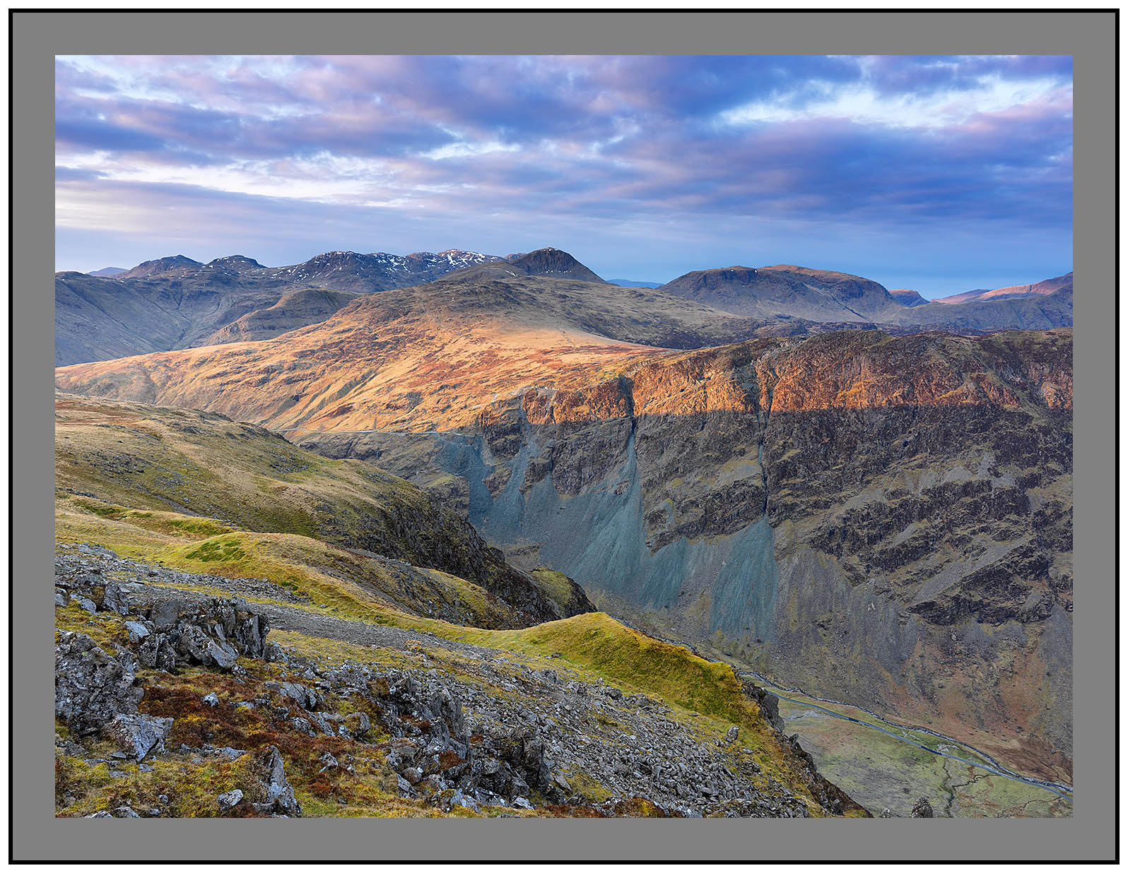 A07753 First light on the Scafells and Great Gable from Dalehead