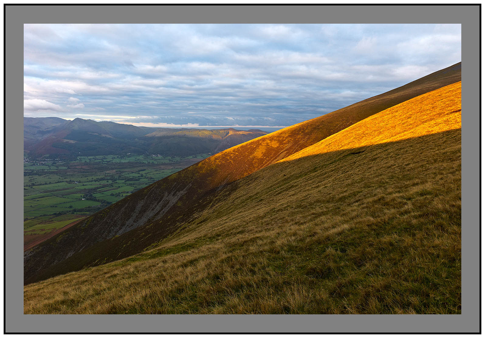 L1000124a First light on Skiddaw and the northern fells