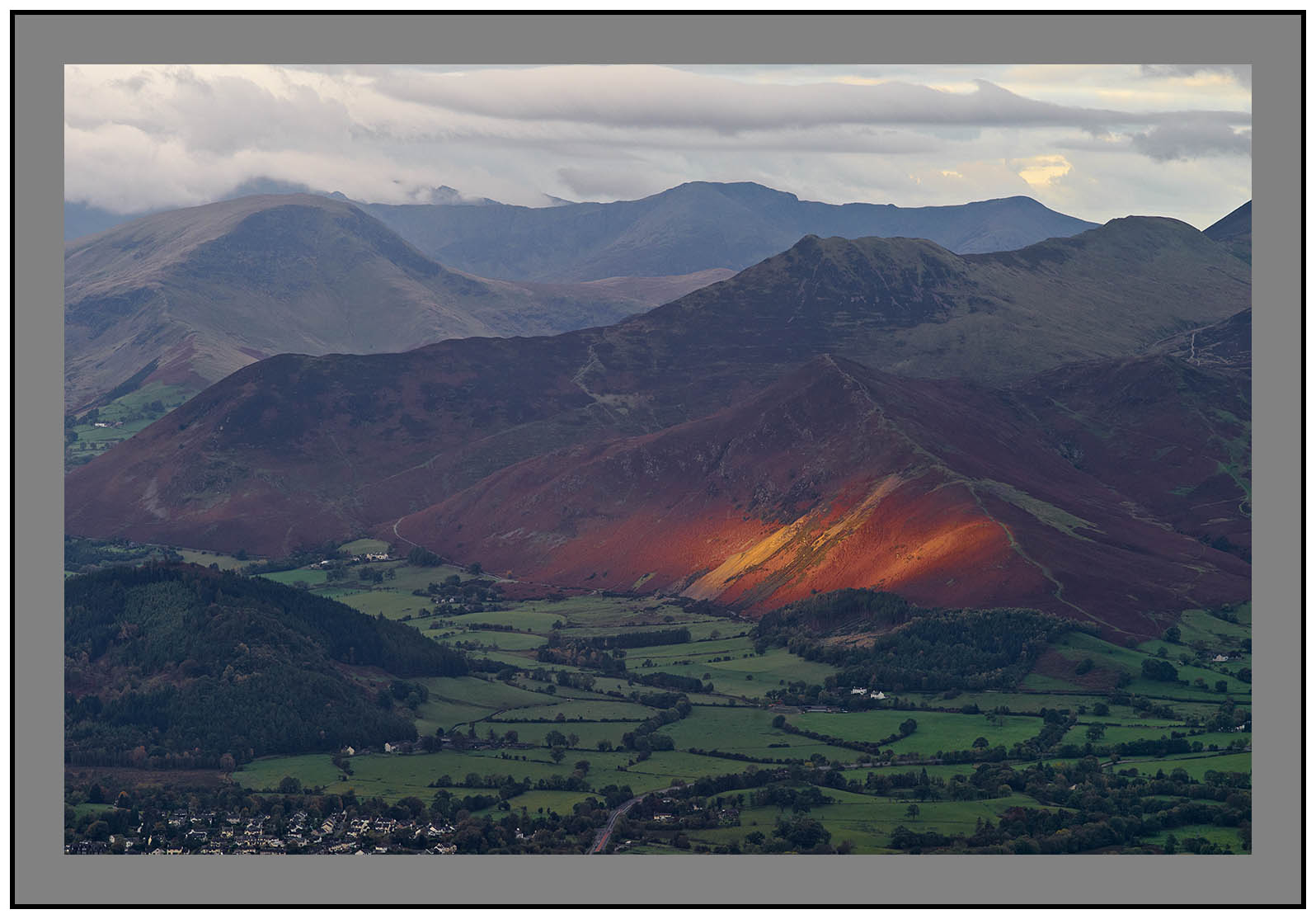 L1000183a Daybreak on the western fells