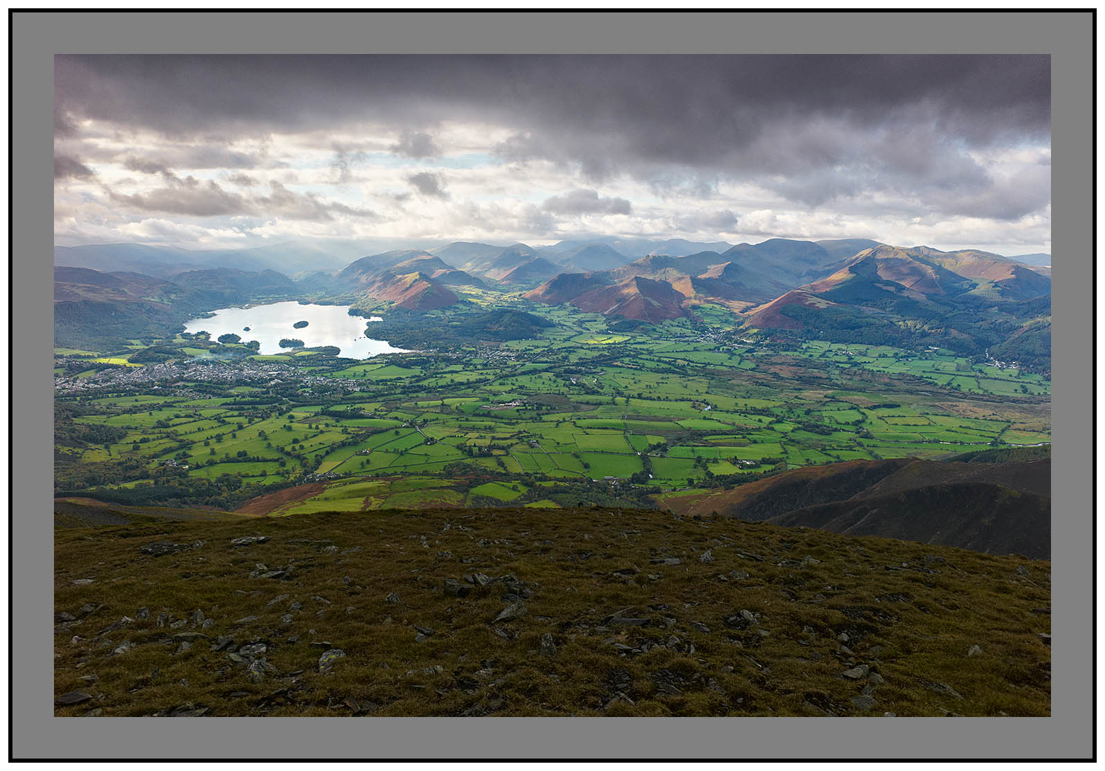 L1000281a Derwent Water and the western fells from Skiddaw Little Man