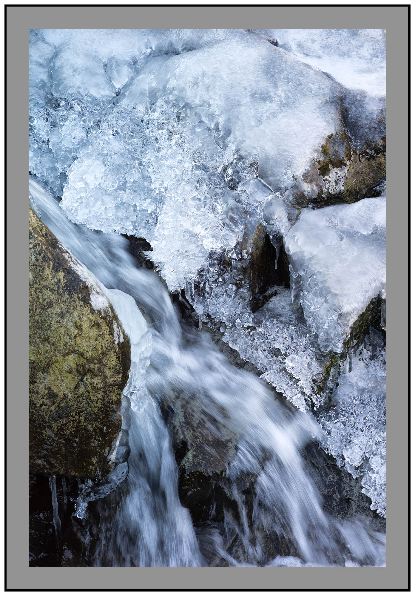 S2015495 Rock Stream and ice Scalehow Beck