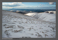 S3030478 Tinto Hill and the Clyde Valley over Tippet Knowe